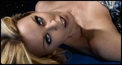 Kylie em promoshoot para o álbum Aphrodite