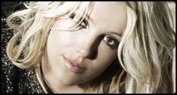 Britney em photoshoot para o CD Femme Fatale