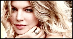 Fergie em photoshoot para a revista Self