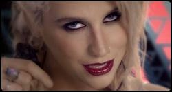 Kesha em cena de Die Young